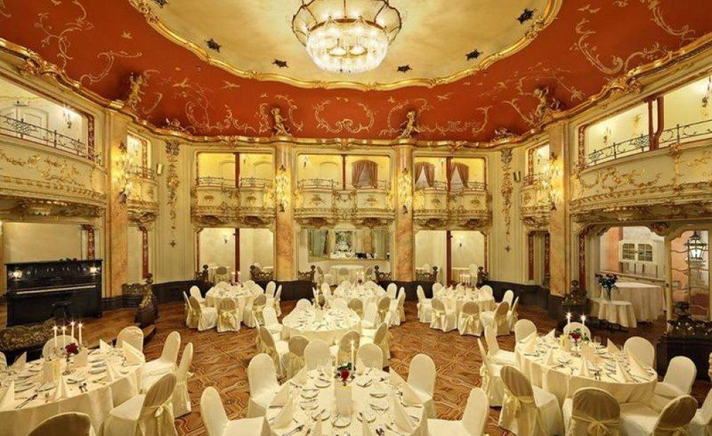 Dinner-Boccacio hall